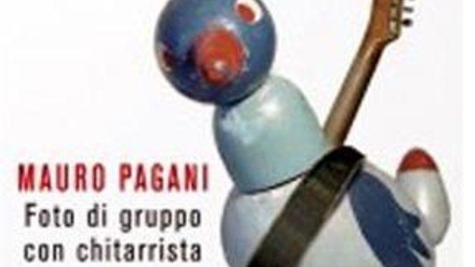 FOTO DI GRUPPO CON CHITARRISTA Mauro Pagani Recensioni Libri e News Unlibro