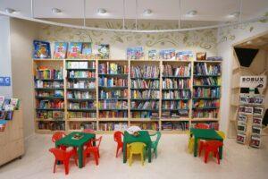 Abbraccio alla vita libreria Bisceglie